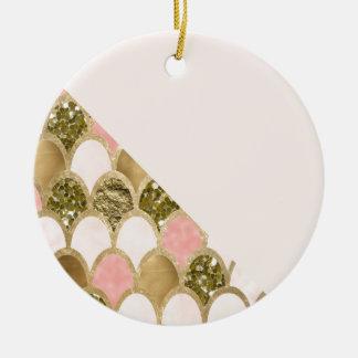 Ornement Rond En Céramique Les échelles roses de sirène d'or et rougissent