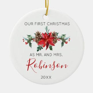 Ornement Rond En Céramique M. et Mme hiver rouge de Noël de nouveaux mariés