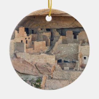 Ornement Rond En Céramique Maisons de falaise