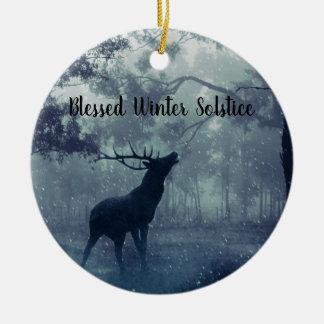 Ornement Rond En Céramique Mâle béni de forêt de solstice d'hiver