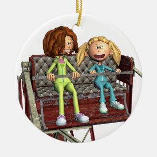 Ornement Rond En Céramique Mère et fille de bande dessinée sur une roue de