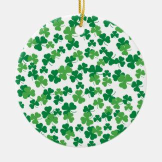 Ornement Rond En Céramique Motif de trèfle de jour de St Patricks