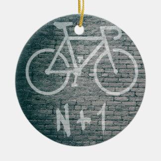 Ornement Rond En Céramique N+1 graffiti de vélo