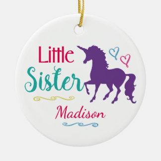 Ornement Rond En Céramique Noël coloré de petite soeur de licorne de soeurs