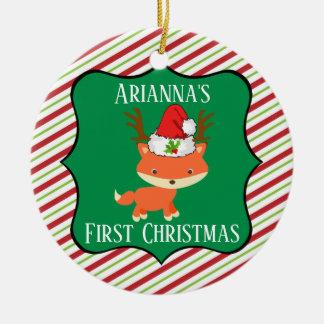 Ornement Rond En Céramique Noël de port de casquette de Père Noël de renne de