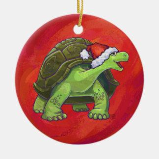 Ornement Rond En Céramique Noël de tortue sur le rouge