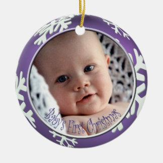 Ornement Rond En Céramique Noël du bébé de flocons de neige de PixDezines