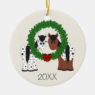 Ornement Rond En Céramique Noël personnalisé de couples de cheval d'Appaloosa