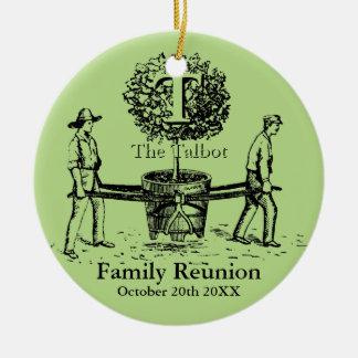 Ornement Rond En Céramique Nom de coutume d'ornement de la Réunion de famille