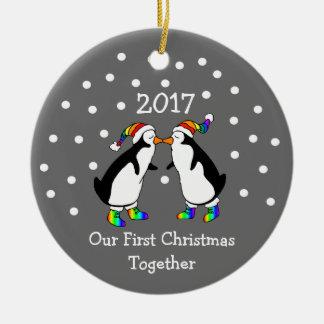 Ornement Rond En Céramique Notre premier Noël ensemble 2017 (pingouins de