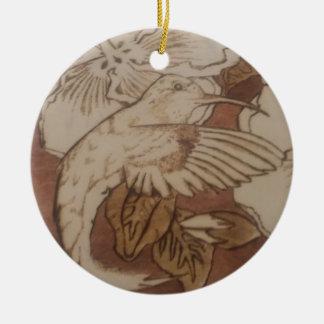 Ornement Rond En Céramique Oiseau de ronflement de ketmie