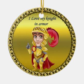 Ornement Rond En Céramique Or et chevalier rouge dans son armure et casque