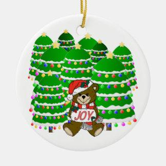 Ornement Rond En Céramique Ours de Noël avec le signe et le ChristmasTrees de