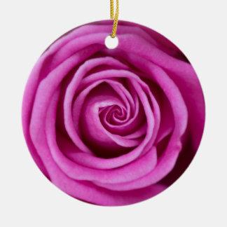 Ornement Rond En Céramique Pétales roses