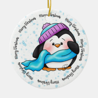 Ornement Rond En Céramique Peu d'ornement de Noël de pingouin de Pepa d'hiver