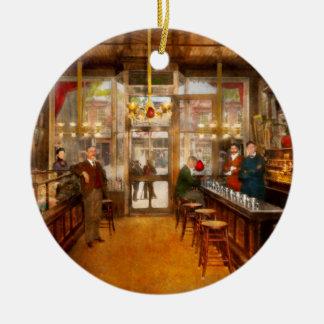 Ornement Rond En Céramique Pharmacie - la pharmacie 1910 de Congdon