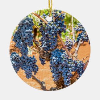 Ornement Rond En Céramique Plante de raisin avec les groupes grapes.JPG bleu