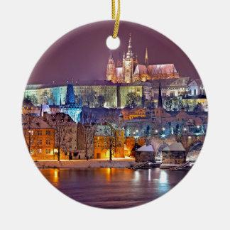 Ornement Rond En Céramique Prague en hiver