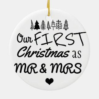 Ornement Rond En Céramique Premier Noël comme coeur de M. et de Mme