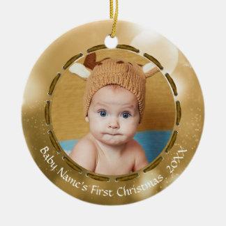 Ornement Rond En Céramique Premier Noël du bébé, or/Bokeh blanc, PICS 2