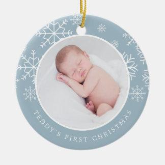 Ornement Rond En Céramique Première photo de Noël du bébé sensible de la