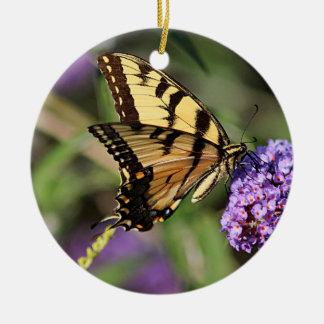 Ornement Rond En Céramique Profil oriental de papillon de machaon de tigre