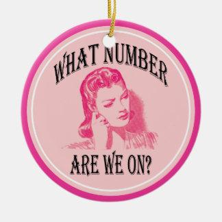 Ornement Rond En Céramique quel nombre sommes-nous en ligne ? bunco drôle