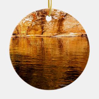 Ornement Rond En Céramique Réflexions d'île