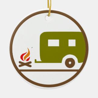 Ornement Rond En Céramique Remorque et feu de camp du camping rv