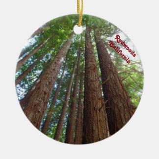 Ornement Rond En Céramique Réserve forestière la Californie d'arbres de