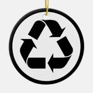 Ornement Rond En Céramique Réutilisez le symbole