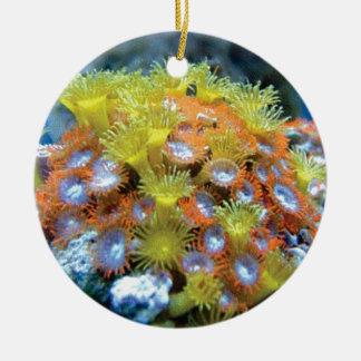 Ornement Rond En Céramique roche de fleur de fond sous-marin