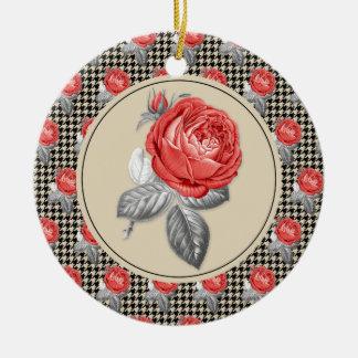 Ornement Rond En Céramique Roses roses vintages et motif de pied-de-poule