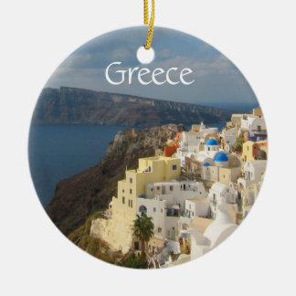 Ornement Rond En Céramique Santorini pendant l'après-midi Sun