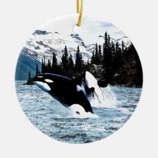 Ornement Rond En Céramique Saut de l'orque