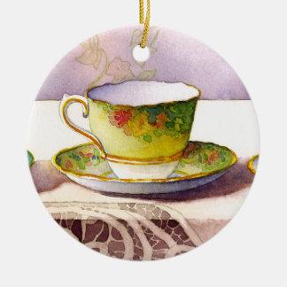 Ornement Rond En Céramique Tasse de thé 0001 sur l'ornement de dentelle
