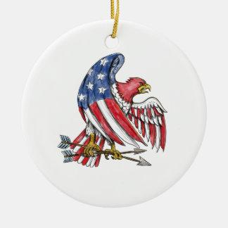 Ornement Rond En Céramique Tatouage de drapeau de bannière étoilée d'Eagle