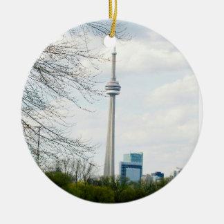 Ornement Rond En Céramique Tour de NC et de Toronto de centre-ville dos