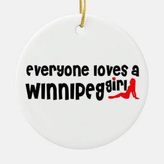 Ornement Rond En Céramique Tout le monde aime une fille de Winnipeg