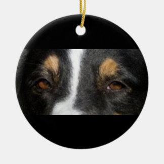 Ornement Rond En Céramique tri yeux australien-berger-noirs