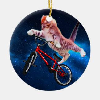 Ornement Rond En Céramique Vélo de chat - style libre de chat - chat drôle
