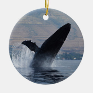 Ornement Rond En Céramique violation de baleine de humback