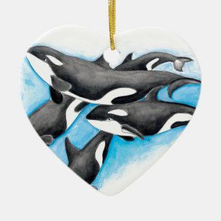 orques dans le bleu ornement cœur en céramique