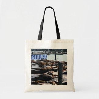 Otaries de la jetée 39 à San Francisco Tote Bag