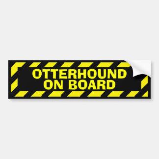 Otterhound à bord d'autocollant jaune de autocollant de voiture