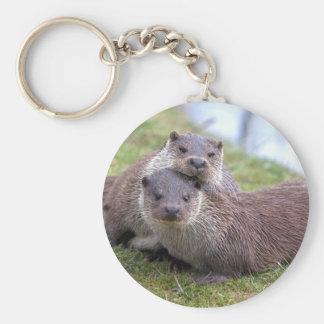 Otterly dans le porte-clés d'amour