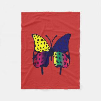 ouatine rouge avec la copie de papillon