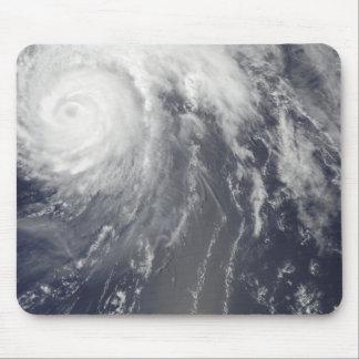 Ouragan Bill outre des Bermudes Tapis De Souris