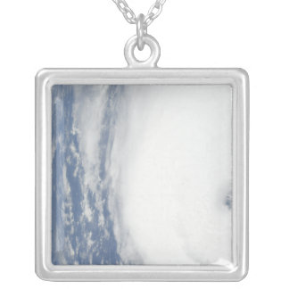 Ouragan Ike 9 Collier