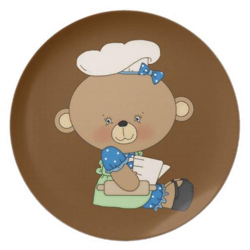 Ours de Baker de chef de cuisson avec la goupille Assiettes